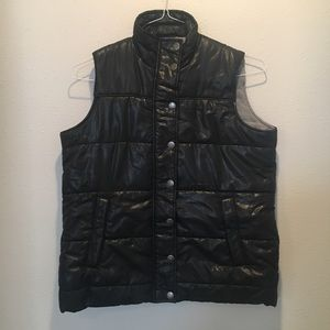 Motherhood maternity puffy vest lined small